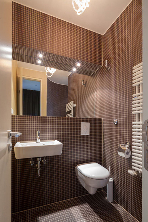 Badkamer Interieur Ideeen.Kleine Compacte Badkamer Met Toilet