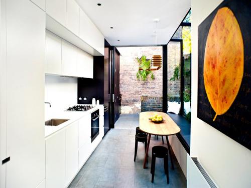 Smalle rechte keukeninrichting