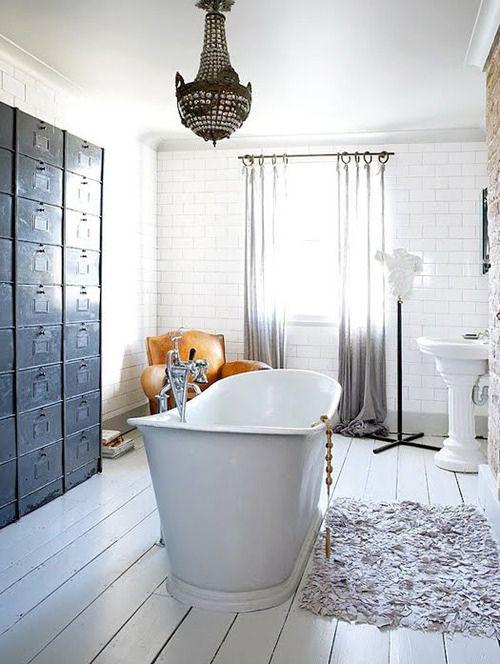 Unieke kast in de badkamer