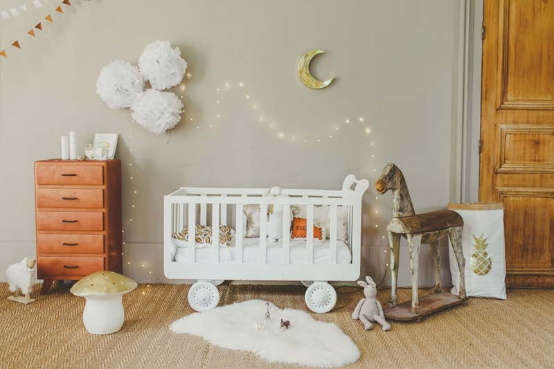 babykamer inrichten tips neutrale kleuren