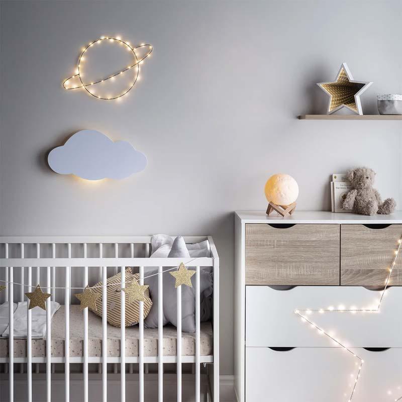 babykamer inrichten tips verlichting