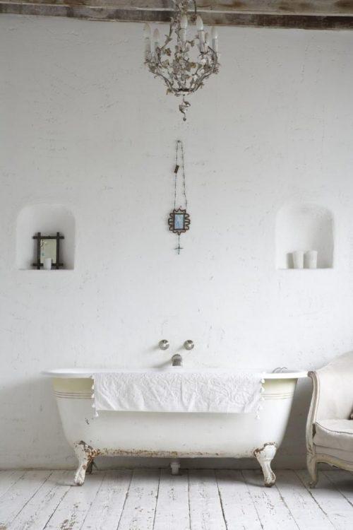 Badkamer bad op pootjes