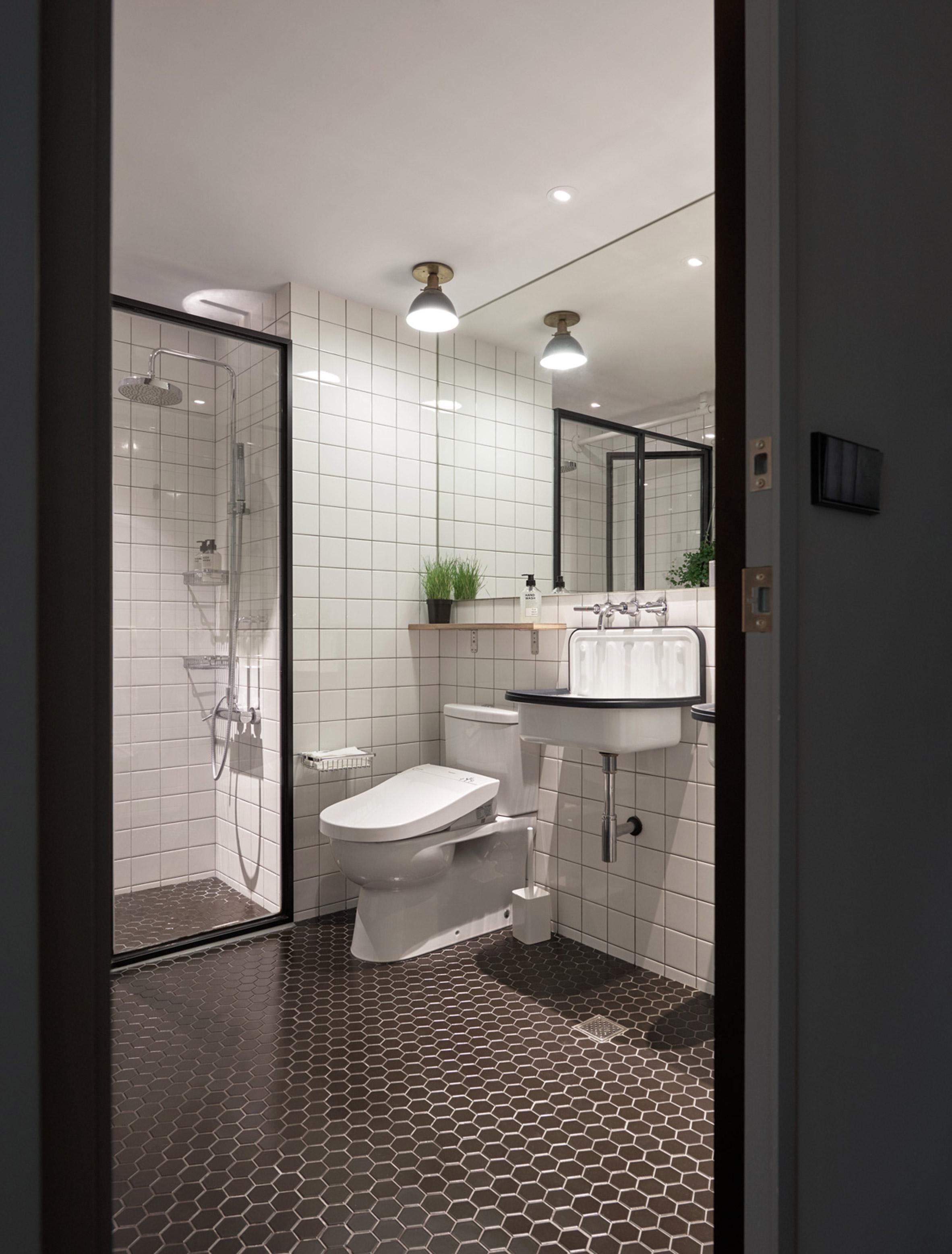 badkamer-klein-appartement