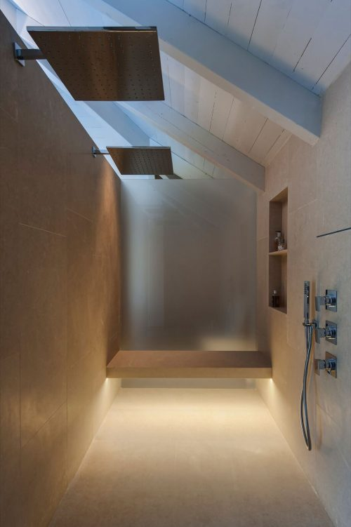 badkamers voorbeelden dubbele regendouche