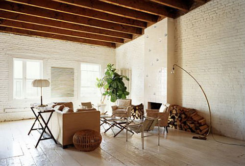 Bakstenen muur binnen in huis