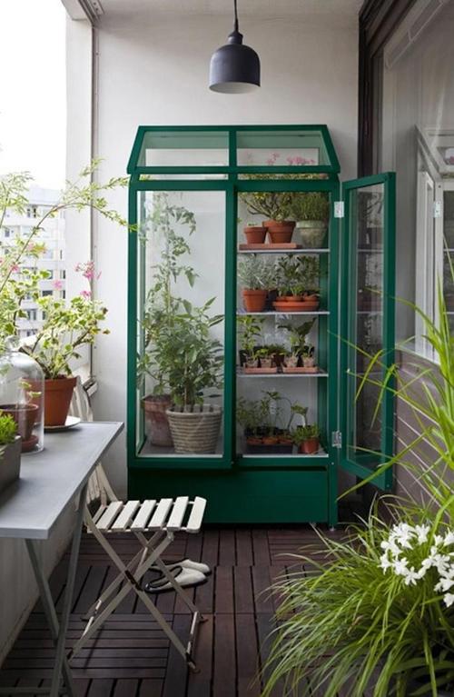 Balkon met veel groen