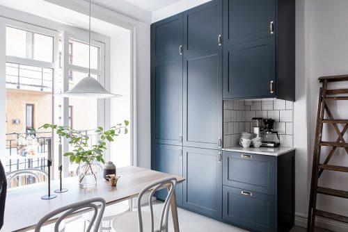 Een blauwe keuken om verliefd op te worden