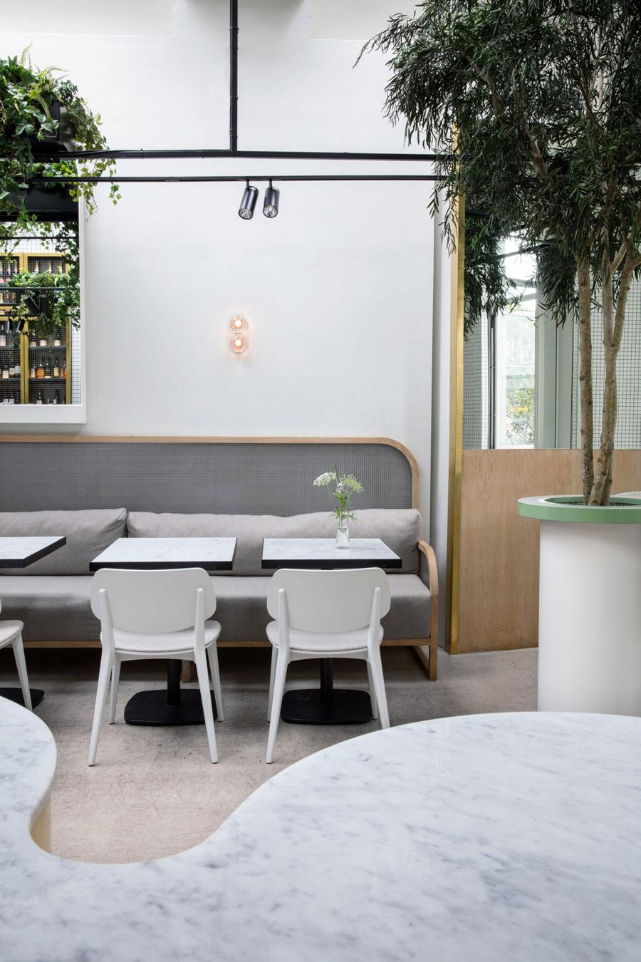 Botanical punk café Redroaster