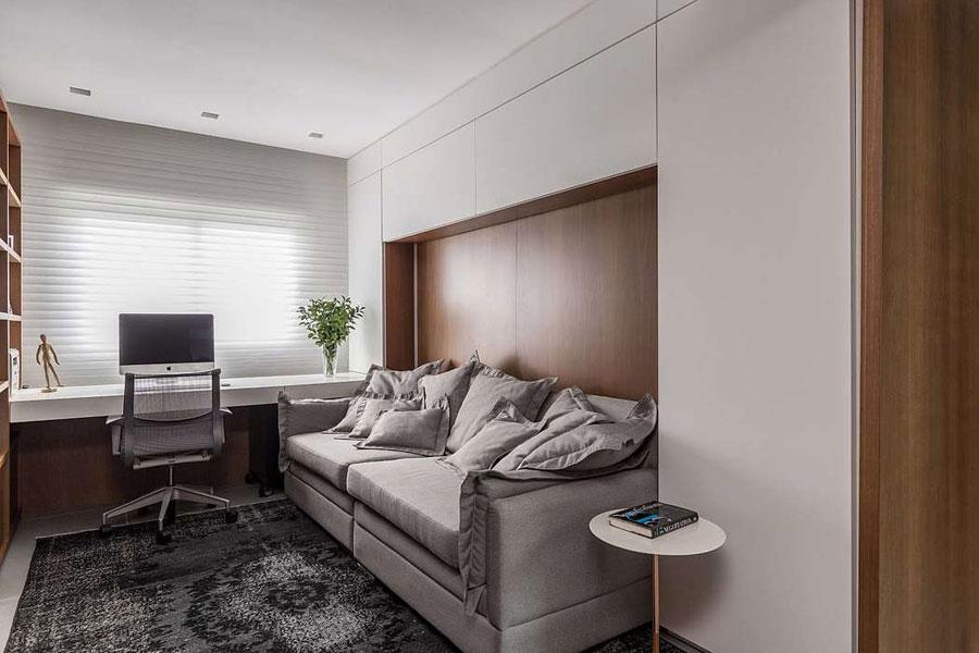 Combinatie van thuiskantoor en loungeplek