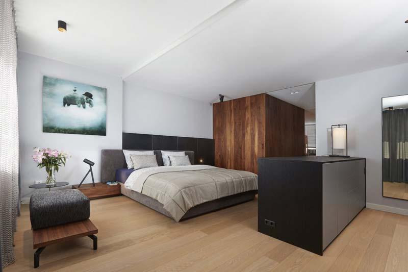 Complete luxe slaapkamer suite op zolder