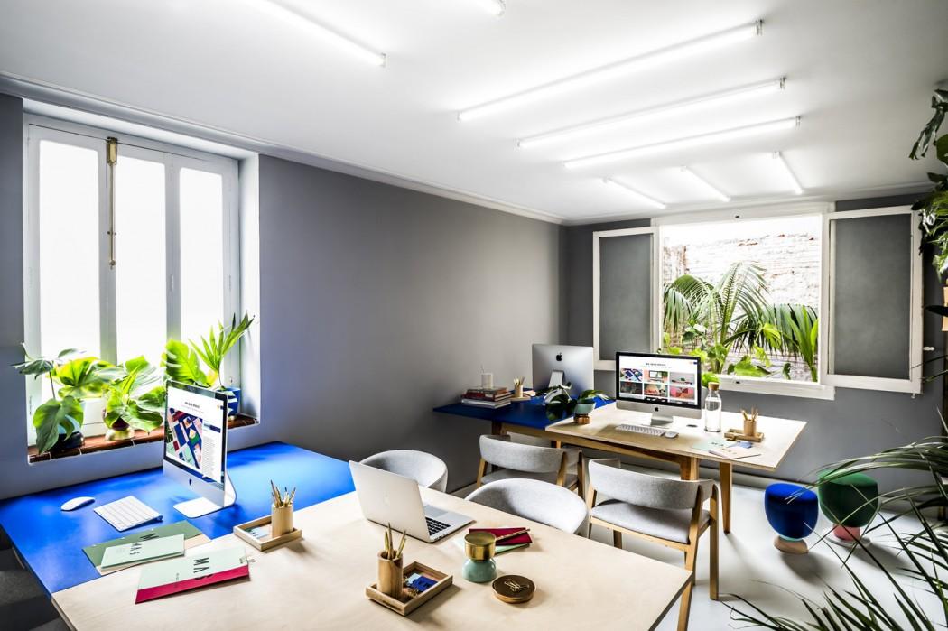 Creatief studio masquespacio ontwerpt eigen kantoor huis