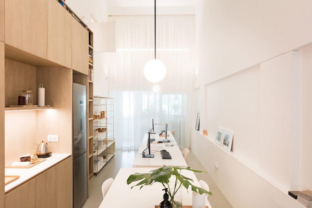 Dit appartement van 60m2 is een combinatie van kantoor en woonruimte
