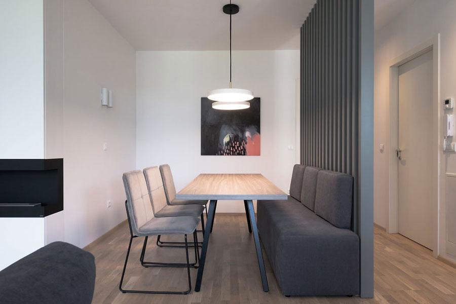 Dit moderne appartement is leuk en speels ingericht met een open karakter