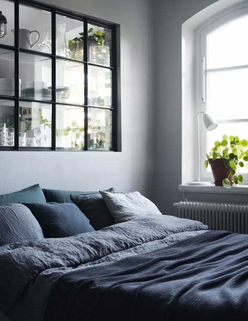 donkerblauwe bedlinnen slaapkamer
