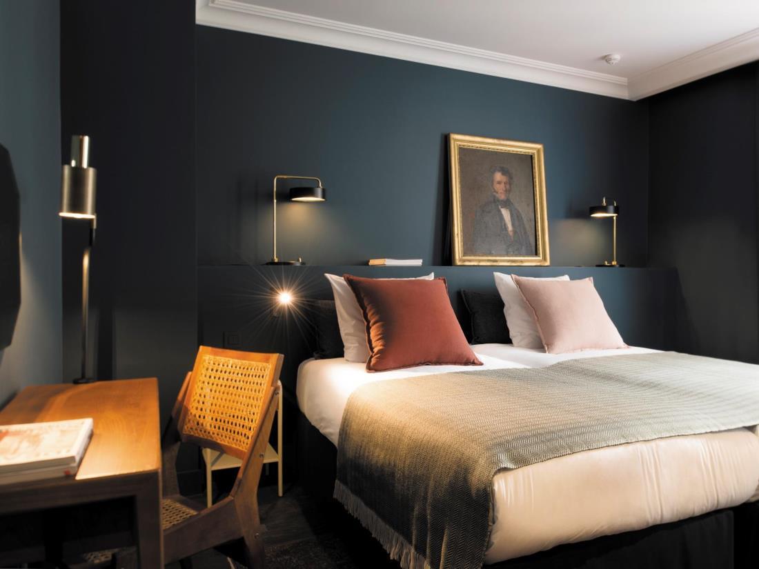 donkere-muren-slaapkamer-coq-hotel