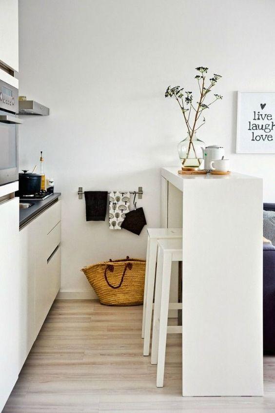 Smalle Keuken Ideeen.Eettafel In Een Kleine Of Smalle Keuken Huis Inrichten Com