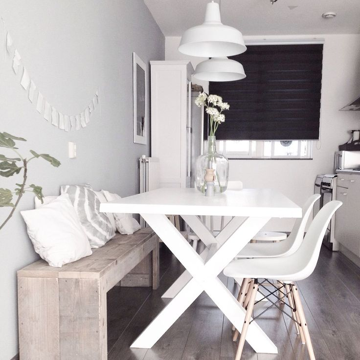 Strakke Witte Eettafel.10x Witte Eettafel