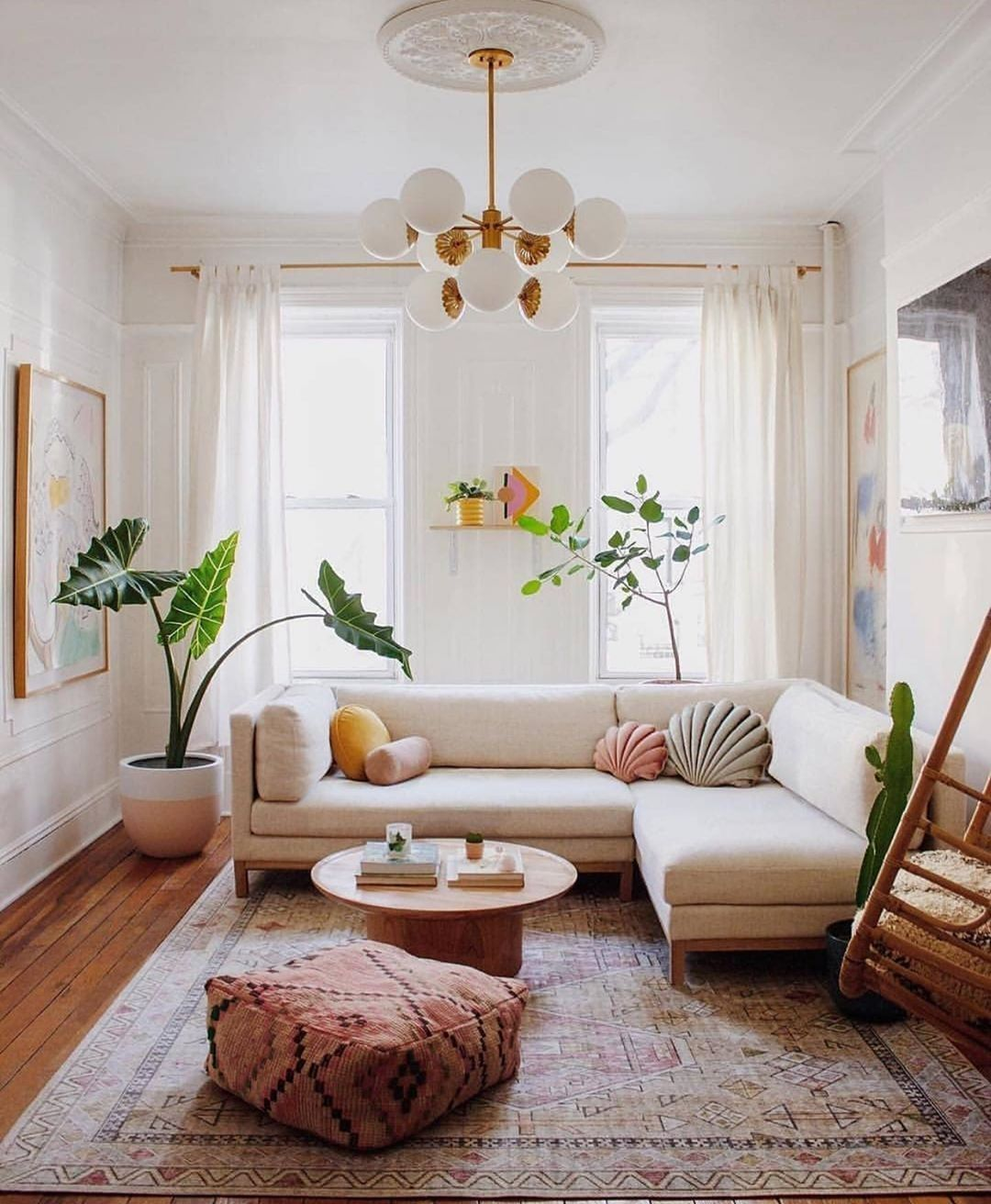 extra zitplek woonkamer poef