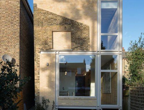 Familiehuis in Londen gerenoveerd met een aanbouw