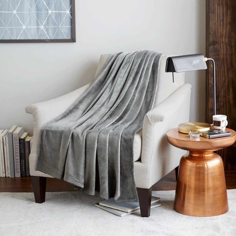 fleece deken over feauteuil
