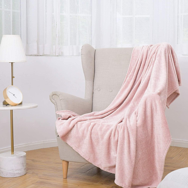 fleece deken over fauteuil