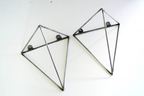 Geometrische stalen plankdragers van  Bluey Creation