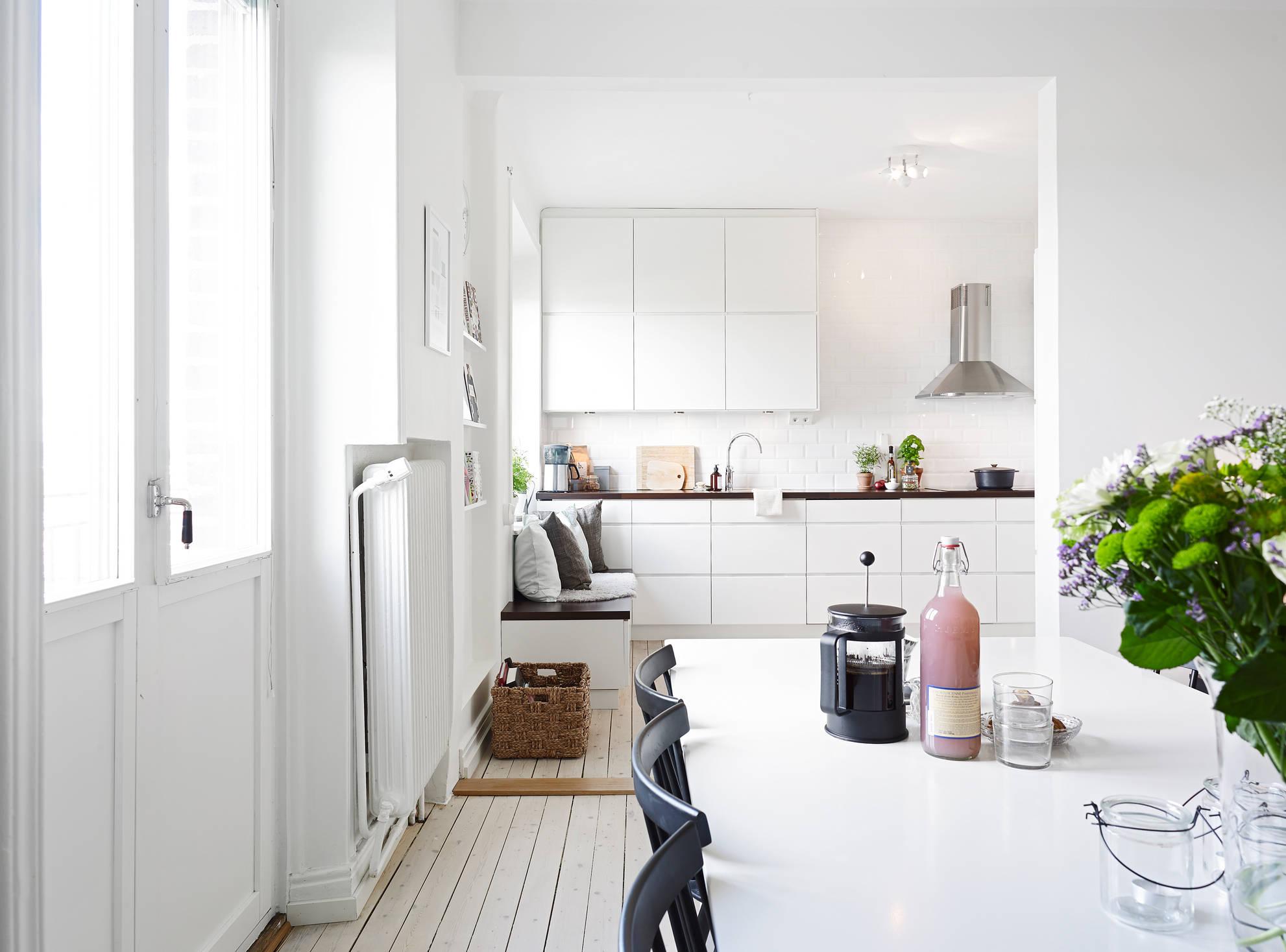 Gezellige compacte keuken huis inrichten.com