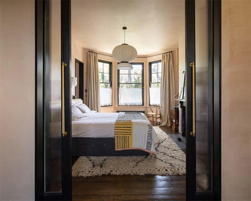 gezellige slaapkamer met erker