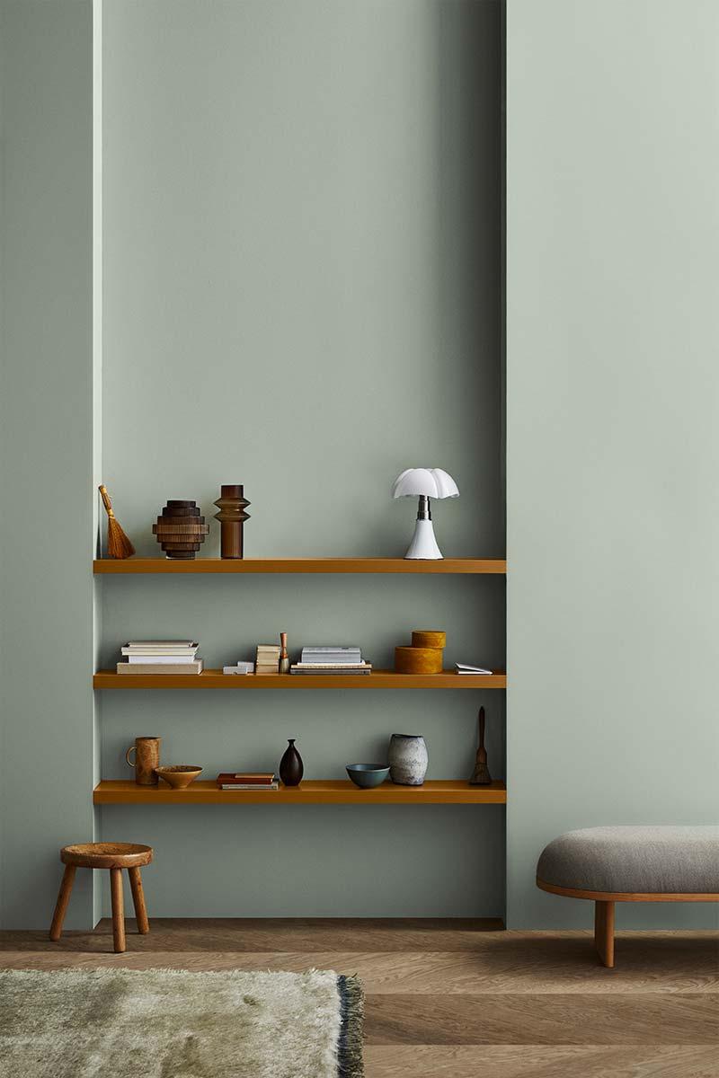groene muur houten vloer