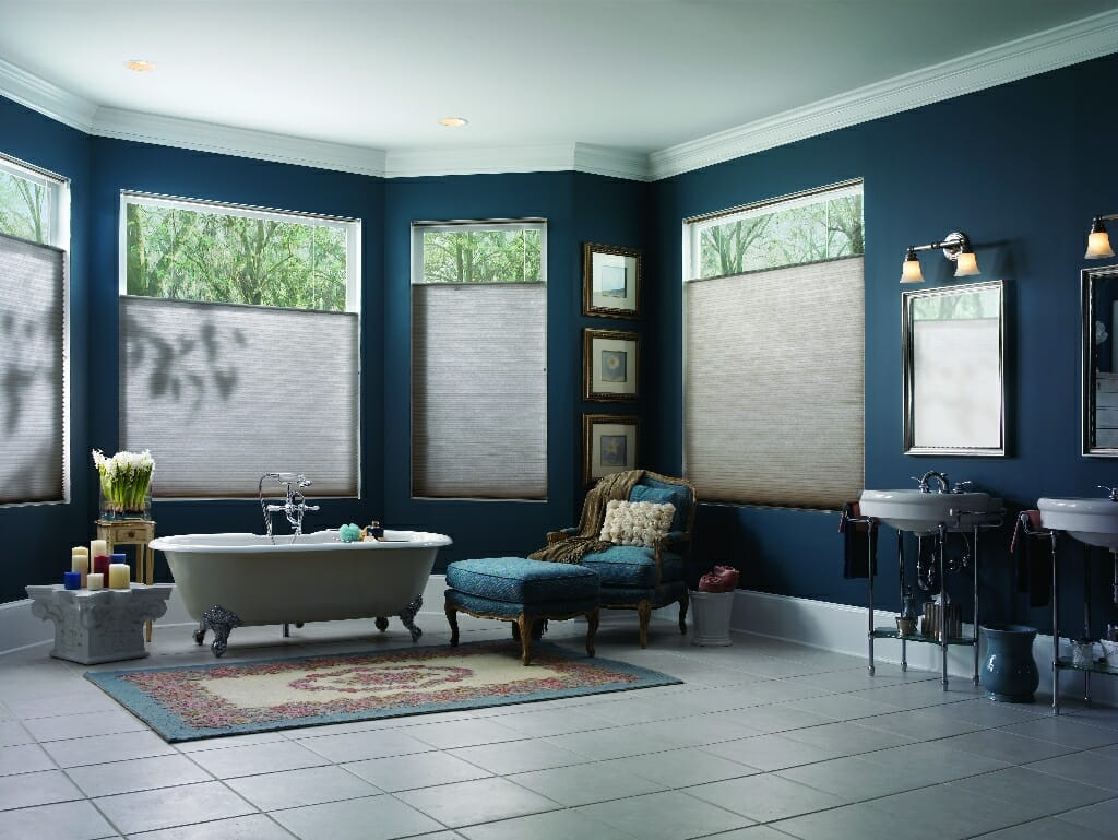grote badkamer plissegordijnen