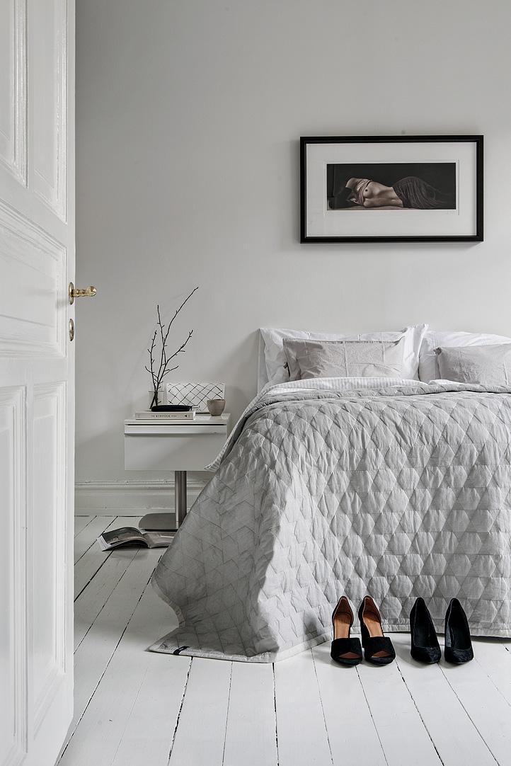 grote-witte-slaapkamer-grote-inbouwkledingkast-2