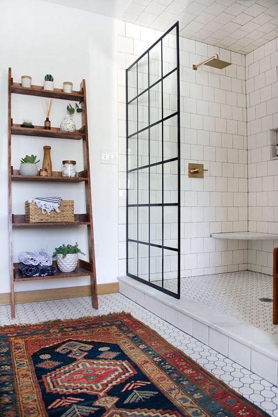 Vintage vloerkleed in de badkamer!