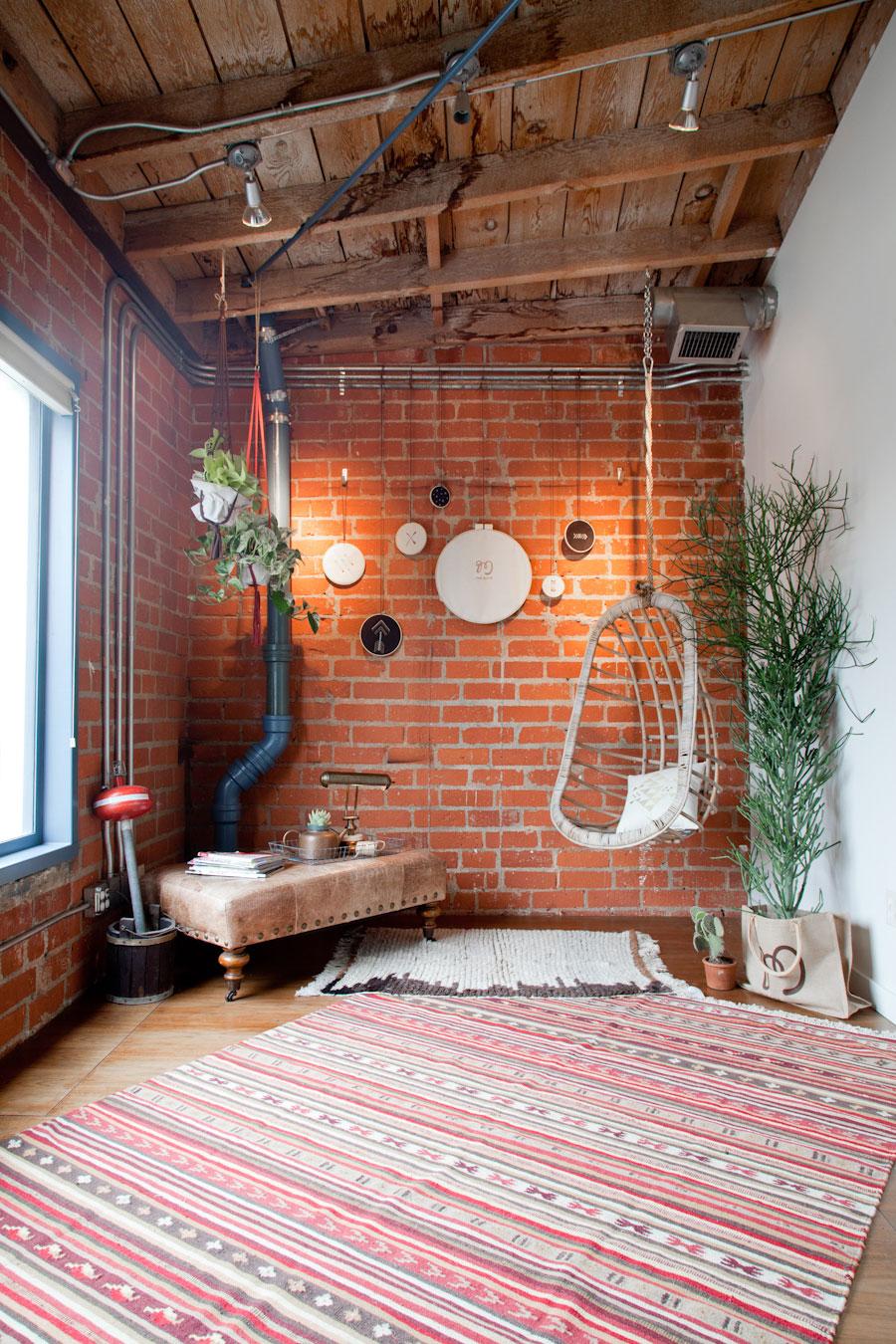 Het stoere kantoor van Mulu's Creative + Vintage Collective Den