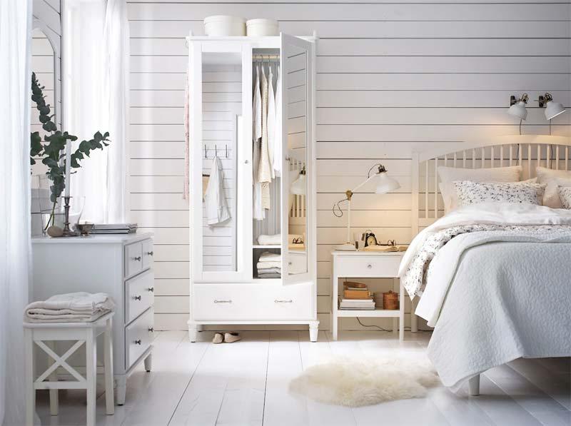 IKEA TYSSEDAL kledingkast