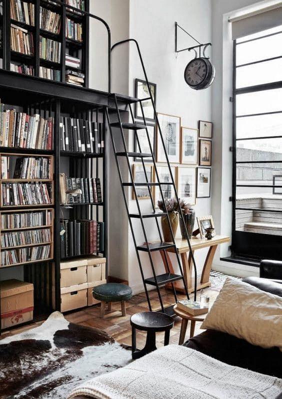 industrieel interieur boekenkast
