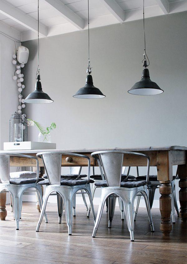 industrieel interieur industriële wandlampen naast elkaar