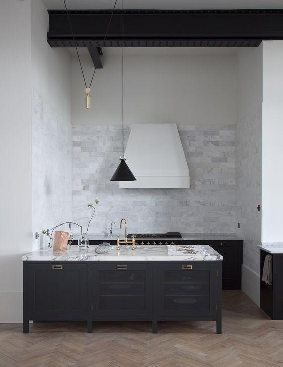 industrieel interieur stalen balk keuken