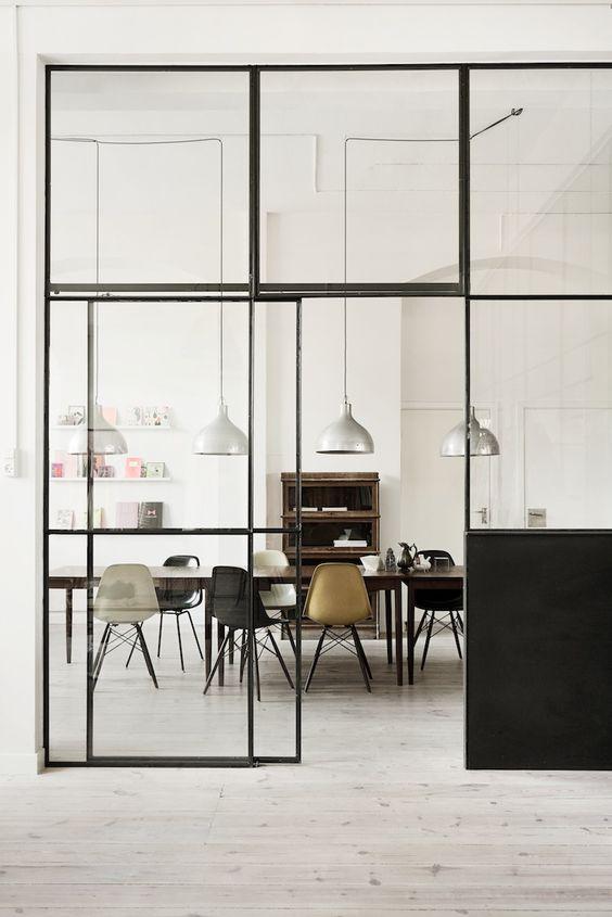 industrieel interieur stalen deur keuken