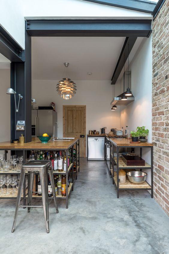 industrieel interieur stalen keuken