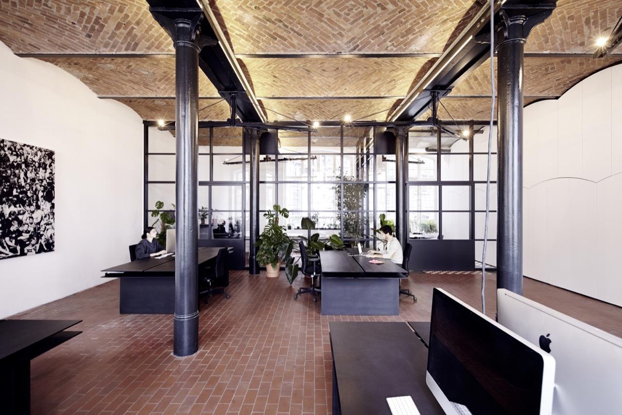 industrieel interieur stalen kozijnen kantoor