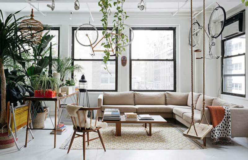 Industriële woonkamer planten