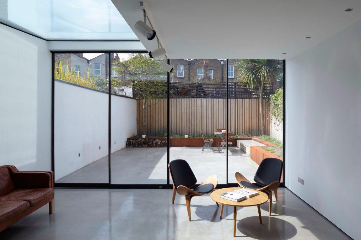 Een kijkje in een moderne onderhoudsvriendelijke tuin