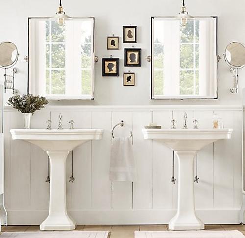 Klassieke badkamers met dubbele wastafel