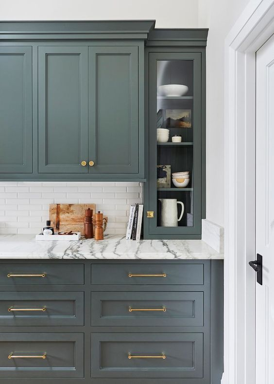 Klassieke groene keuken