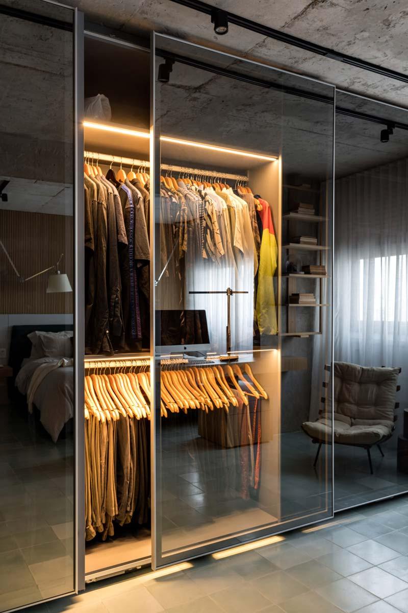 kledingkast transparante schuifdeuren