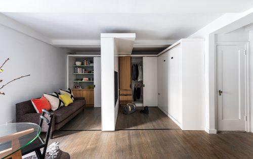 Klein appartement inrichten met verschuifbare muur