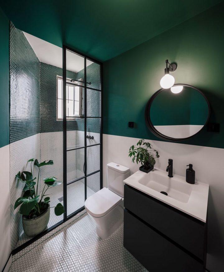 kleine badkamer groene muren