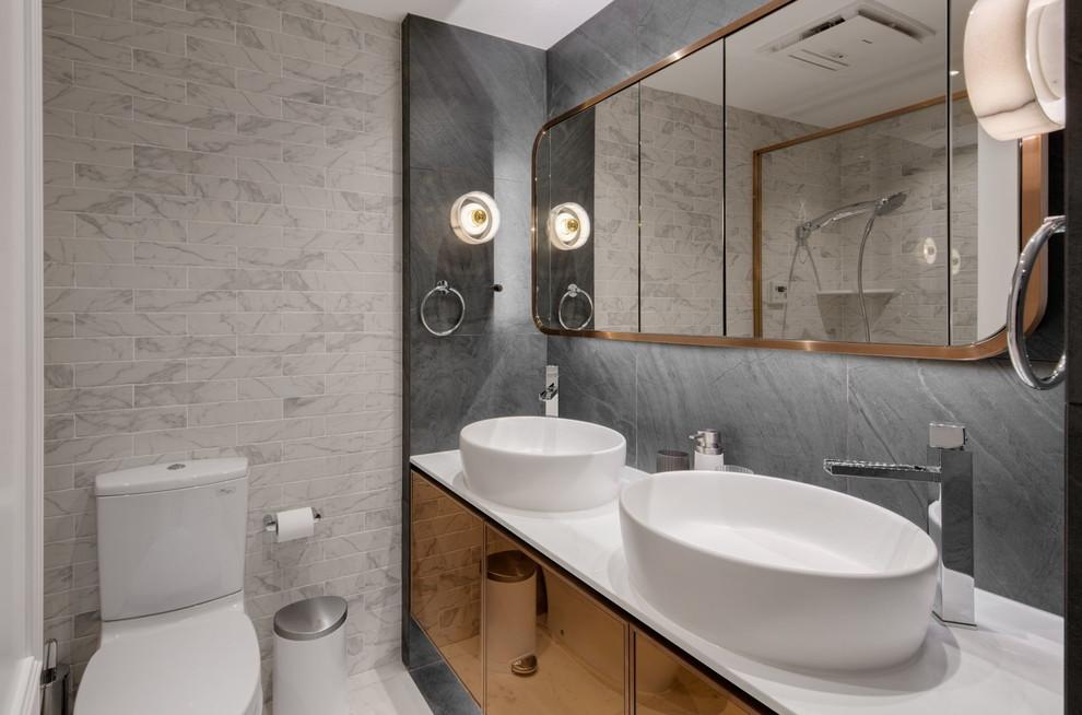 kleine badkamers voorbeelden dubbele wastafel rond
