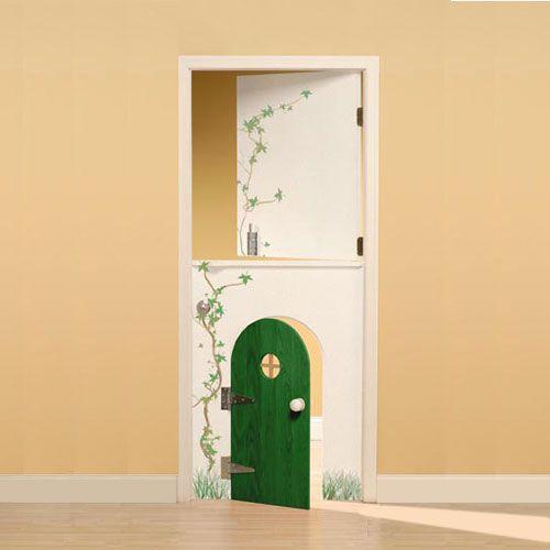 Kleine mini deur voor de kinderkamer