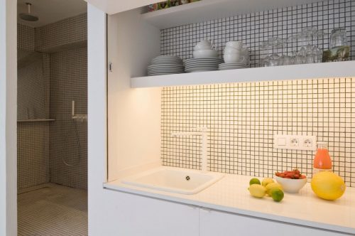 Kleine Smalle Badkamer : Kleine smalle badkamer